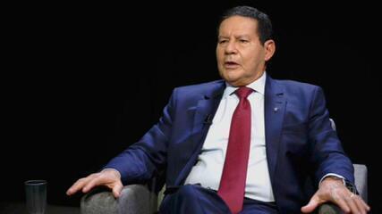 GloboNews exibe entrevista de Roberto D'Ávila com vice-presidente da República, Hamilton Mourão