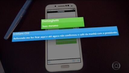 Mensagens no celular de Dominghetti indicam que grupo procurou Bolsonaro para negociar vacina