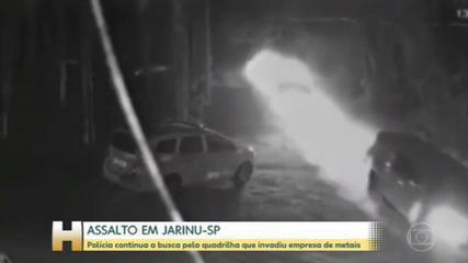 Polícia procura os bandidos que invadiram empresa de metais em Jarinu-SP