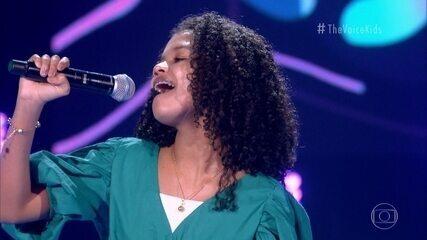 Clara Cintra canta 'Açaí'