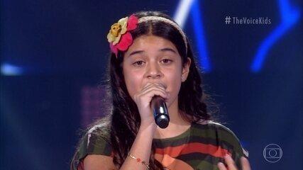 Nicole Falcão canta 'Perfect'