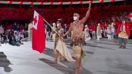 Besuntado de Tonga é destaque mais uma vez da cerimônia de abertura