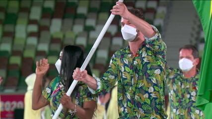 Bruninho e Ketleyn Quadros representam a delegação brasileira na cerimônia de abertura