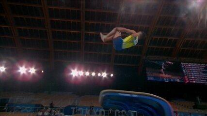 Caio Souza salta duas vezes e tem média de 14.700 para tentar ir à final do individual
