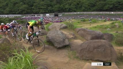 Henrique Avancini toma a liderança e comanda pelotão no mountain bike