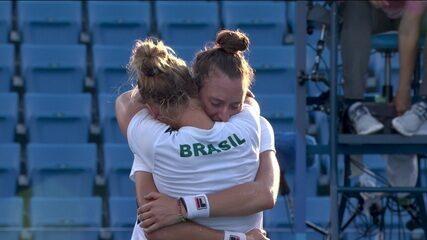 Rembrandt Júnior narra bronze de Laura Pigossi e Luisa Stefani no tênis