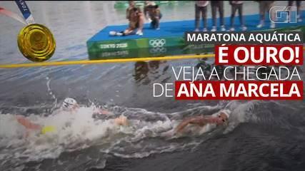 VÍDEO: Veja momento em que Ana Marcela Cunha toca a linha de chegada e ganha medalha de ouro