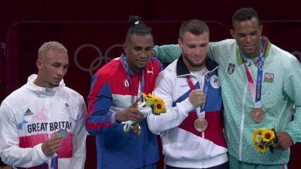 Frustrado com derrota, britânico não coloca medalha de prata no peito; cubano leva o ouro - Olimpíadas de Tóquio