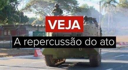 'Patético, circo, tiro no pé': veja repercussão do desfile militar em Brasília
