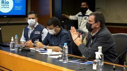 Paes diz que será cobrada carteira de vacinação para turistas