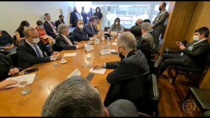 Deputados e empresários defendem a desoneração da folha de pagamento