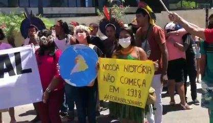 Indígenas da etinia Xukuru-kariri participaram do ato contra Bolsonaro em Maceió