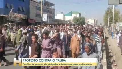 Milhares de afegãos protestam contra Talibã em Kandahar
