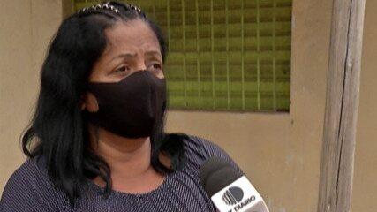 Homem suspeito de matar o irmão se apresenta à polícia em Suzano