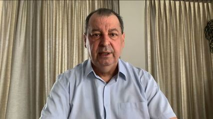 O presidente da CPI, Omar Aziz (PSD-AM), defende que a comissão ouça Carlos Carvalho