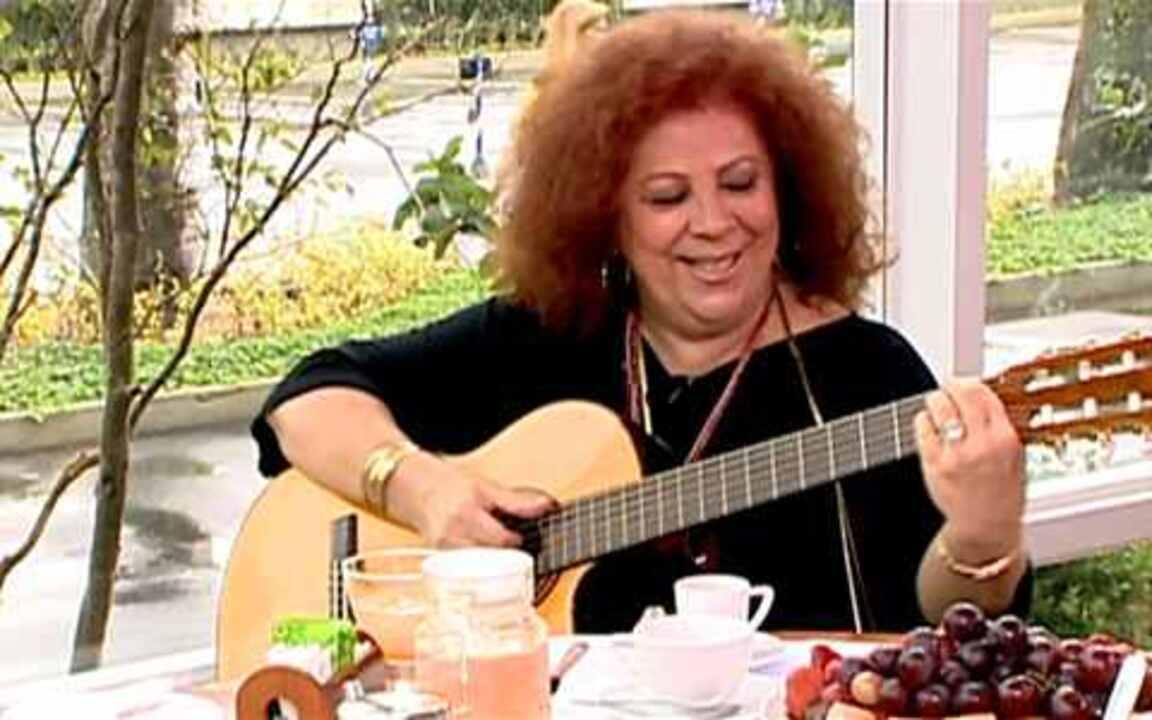 Café da Manhã: Beth Carvalho fala de carreira, parceiros e vida