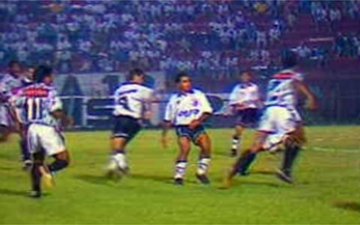 Em 1994, Corinthians arrasa o Bragantino pelo Brasileirão: 6 a 1