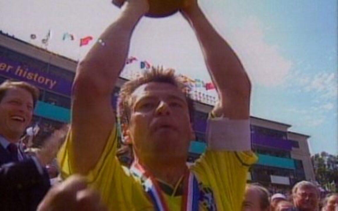 Em 1994, Brasil bate a Itália nos pênaltis e é tetracampeão da Copa do Mundo