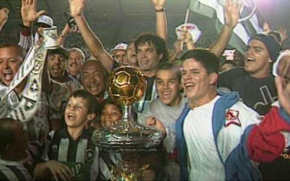 Em 1997, Botafogo vence segunda partida sobre o Vasco e conquista o Campeonato Carioca