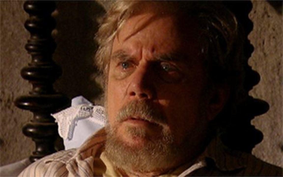 Capítulo de 30/04/2011 - Coronel Januário é surpreendido com Herculano em seu quarto. O capitão quer saber onde está Timóteo e avisa que irá acertar as contas com ele!