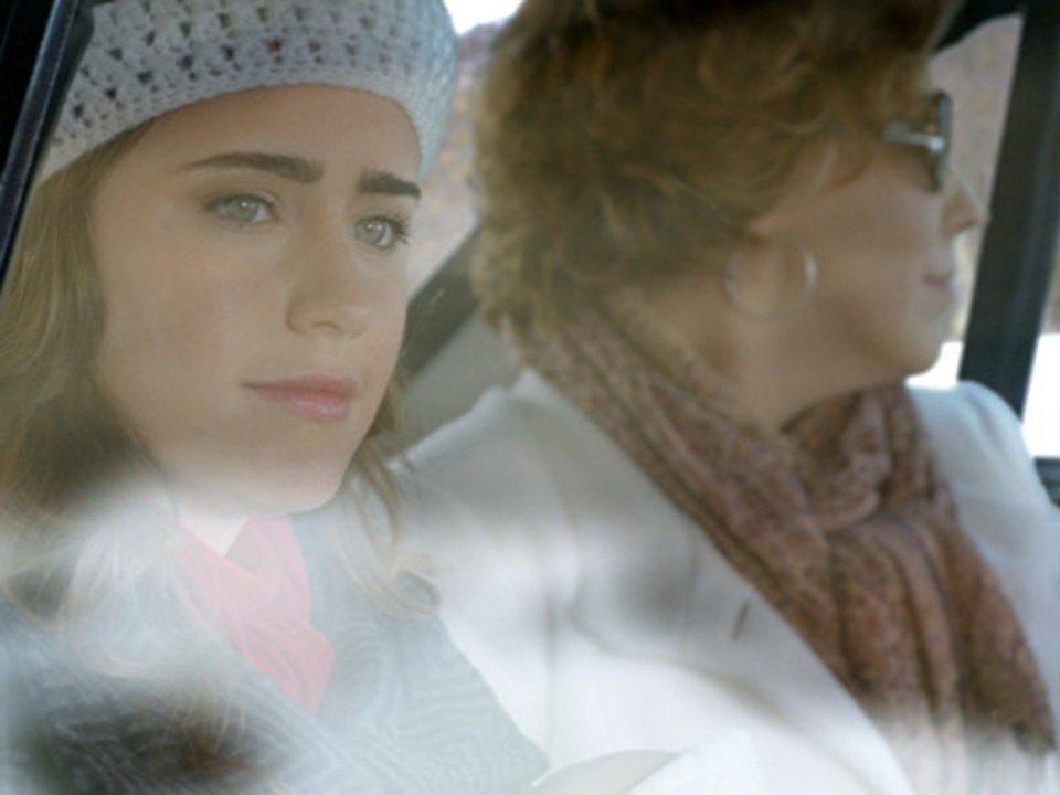 A Vida da Gente - Capítulo de segunda-feira, 03/10/2011, na íntegra - Ana e Eva voltam para o Brasil e Rodrigo se anima com a notícia