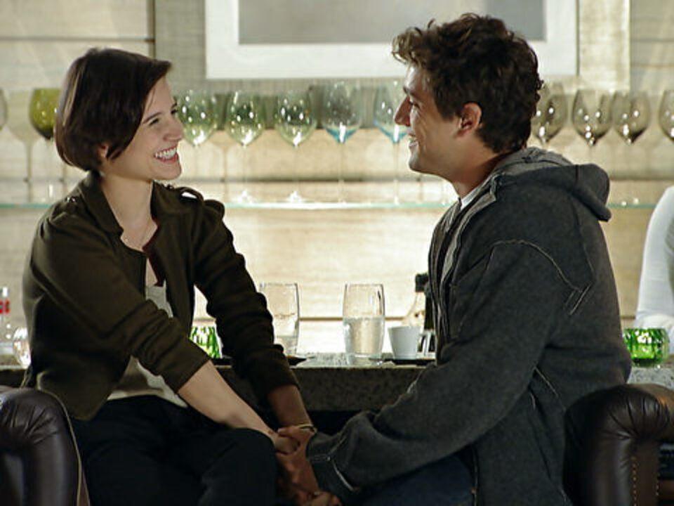 A Vida da Gente - Capítulo de sábado, 08/10/2011, na íntegra - Rodrigo termina com Nina e decide procurar Ana