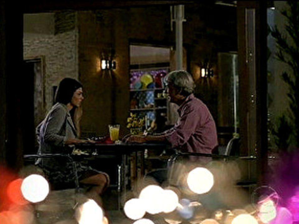 A Vida da Gente - capítulo de sexta-feira, dia 11/11/2011, na íntegra - Alice vai se encontrar com seu suposto pai