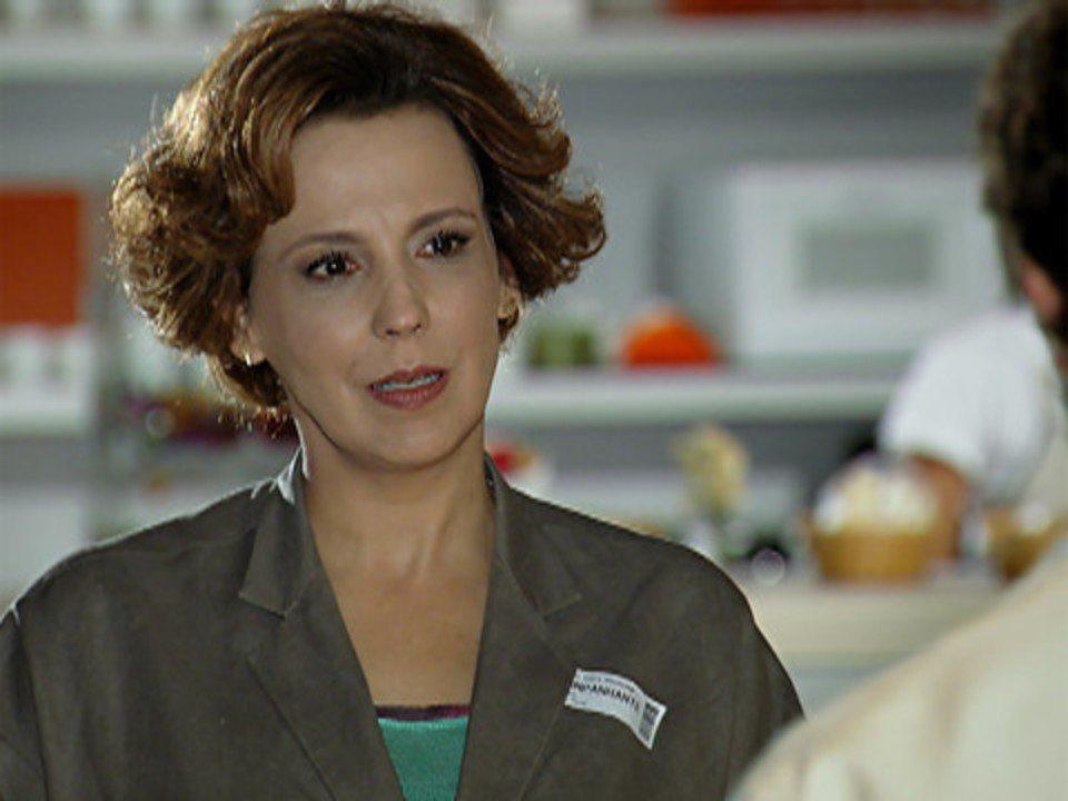 A Vida da Gente - capítulo de segunda-feira, dia 28/11/2011, na íntegra - Eva garante a Manu que Ana a acusará de traição