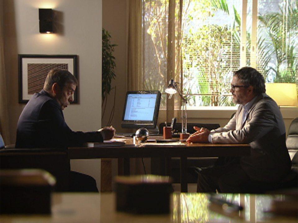 A Vida da Gente - capítulo de quarta-feira, dia 01/02/2012, na íntegra - Lourenço diz que lutará pela guarda de Tiago