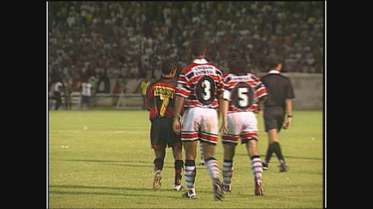 Relembre como foi Santa Cruz 1x1 Sport, Pernambucano de 1999