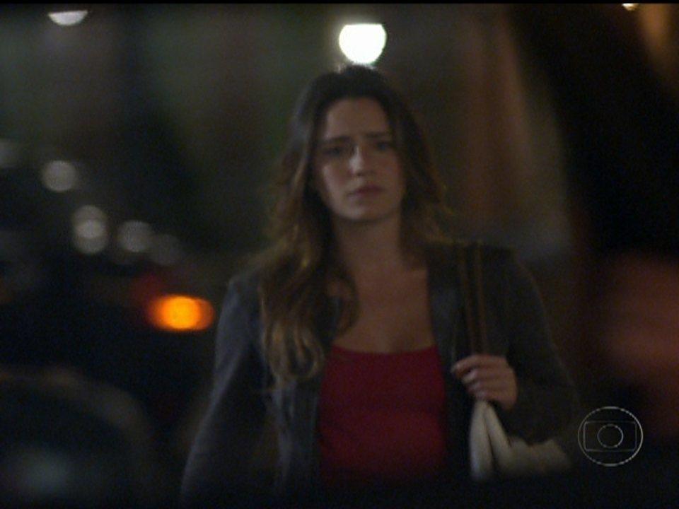 A Vida da Gente - capítulo de quinta-feira, dia 16/02/2012, na íntegra - Ana procura Lúcio