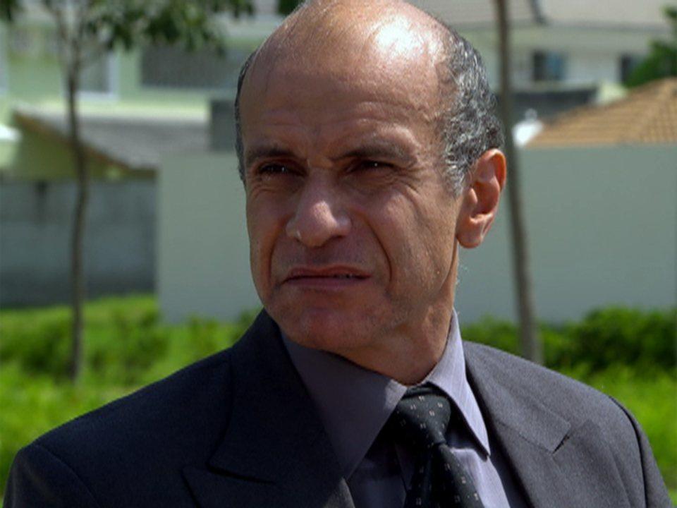 Fina Estampa - capítulo de sábado, dia 18/02/2012, na íntegra - Delegado acredita que Tereza Cristina matou Marcela