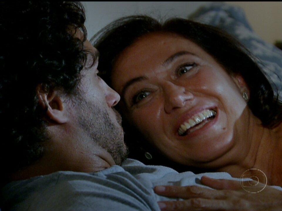 Fina Estampa - Capítulo de quarta-feira, dia 14/03/2012, na íntegra - Griselda aceita se casar com Guaracy