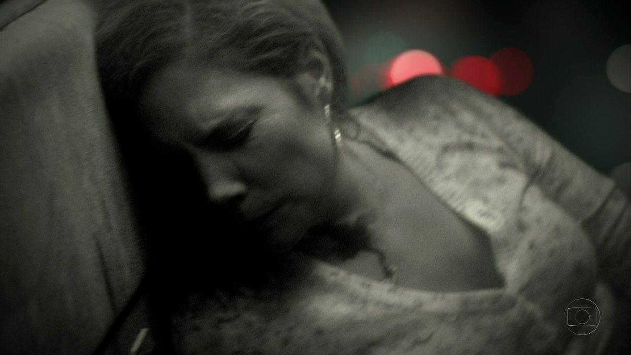 Avenida Brasil - Capítulo de sexta-feira, dia 30/03/2012, na íntegra - Monalisa sofre um acidente de ônibus