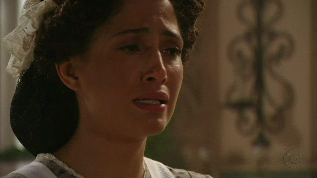 Lado a Lado, capítulo de sábado, dia 29/09/2012, na íntegra - Isabel fica abalada com as revelações de Jurema e Berenice ouve