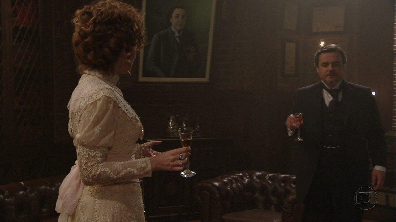 Lado a Lado, capítulo de segunda-feira, dia 01/10/2012, na íntegra - Constância pede para Bonifácio arrumar um cargo melhor para seu marido