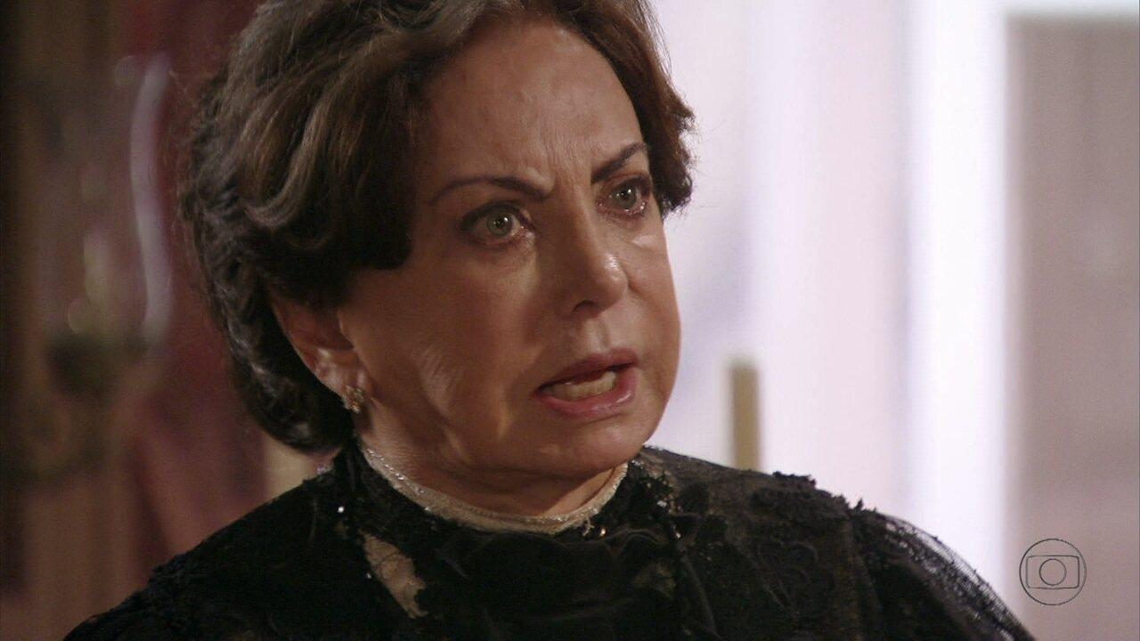Lado a Lado - capítulo de terça-feira, dia 02/10/2012, na íntegra - Madame Besançon fica indignada ao saber que o filho que Isabel espera não é de seu noivo