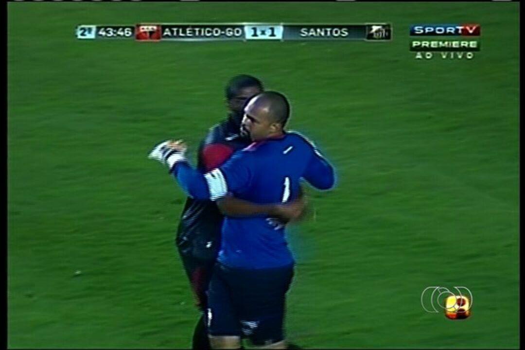 Já rebaixado, Atlético-GO surpreende e vence o Santos de Neymar em 2012