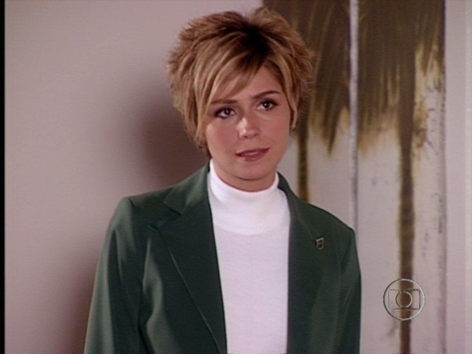 Da Cor do Pecado - Capítulo de sexta-feira, dia 21/12/2012, na íntegra - Bárbara descobre que Toni foi expulso da fábrica. Paco desabafa com Moa