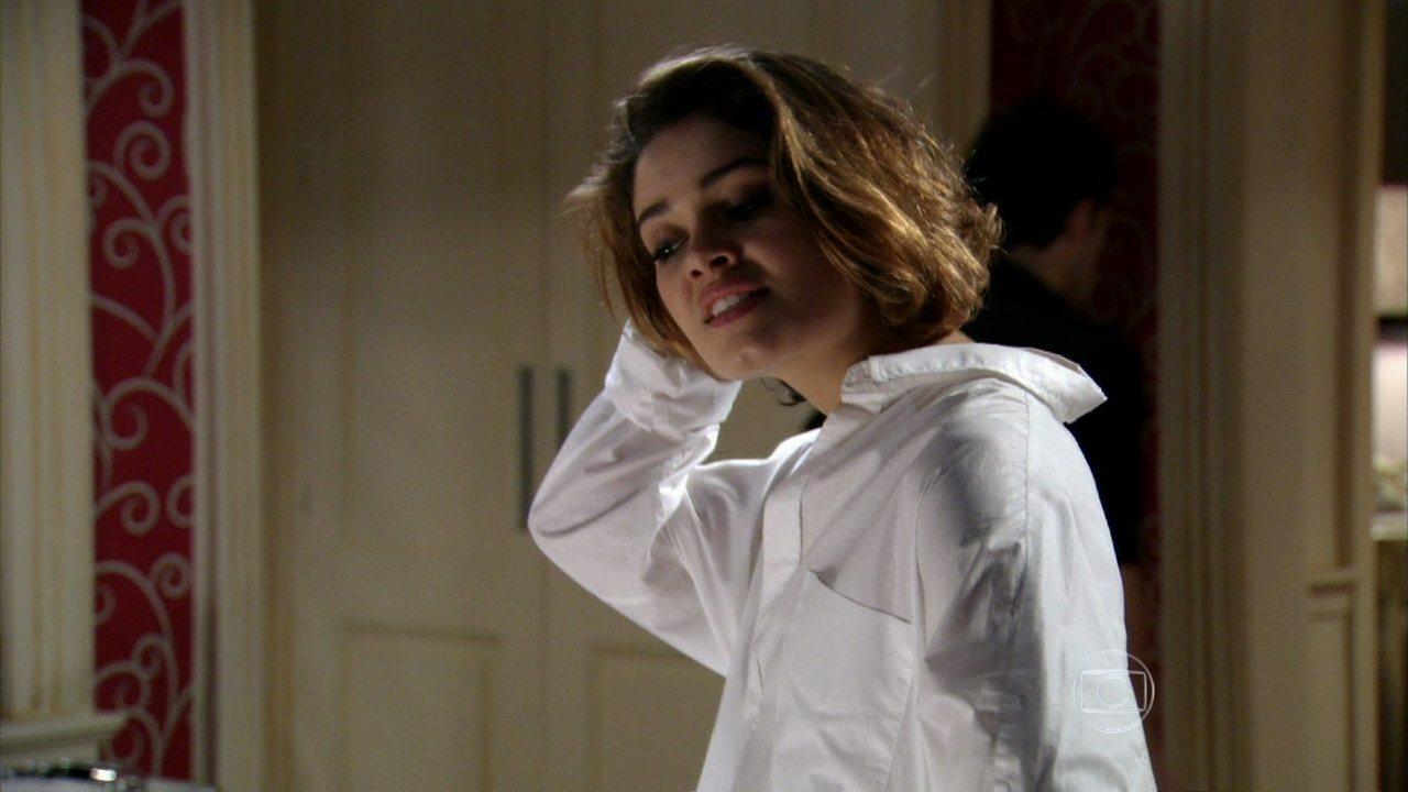Sangue Bom - capítulo de sexta-feira, dia 09/08/2013, na íntegra - Amora fica furiosa ao saber que Malu ajudou Fabinho