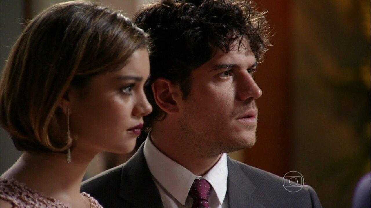 Sangue Bom - capítulo de segunda-feira, dia 23/09/2013, na íntegra - Bento descobre que Amora obrigou Simone a sair da Para Sempre