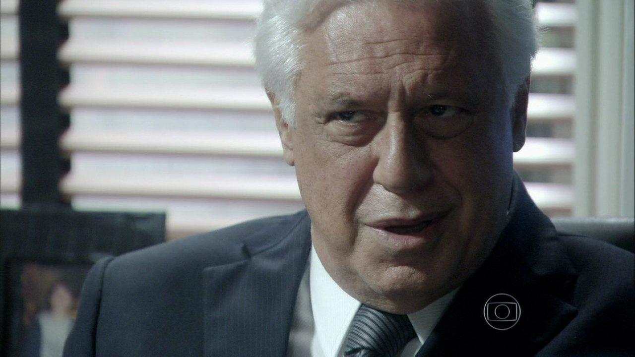 Amor à Vida - Capítulo de sexta-feira, dia 08/11/2013, na íntegra - César diz a Aline que vai tirar Félix do hospital