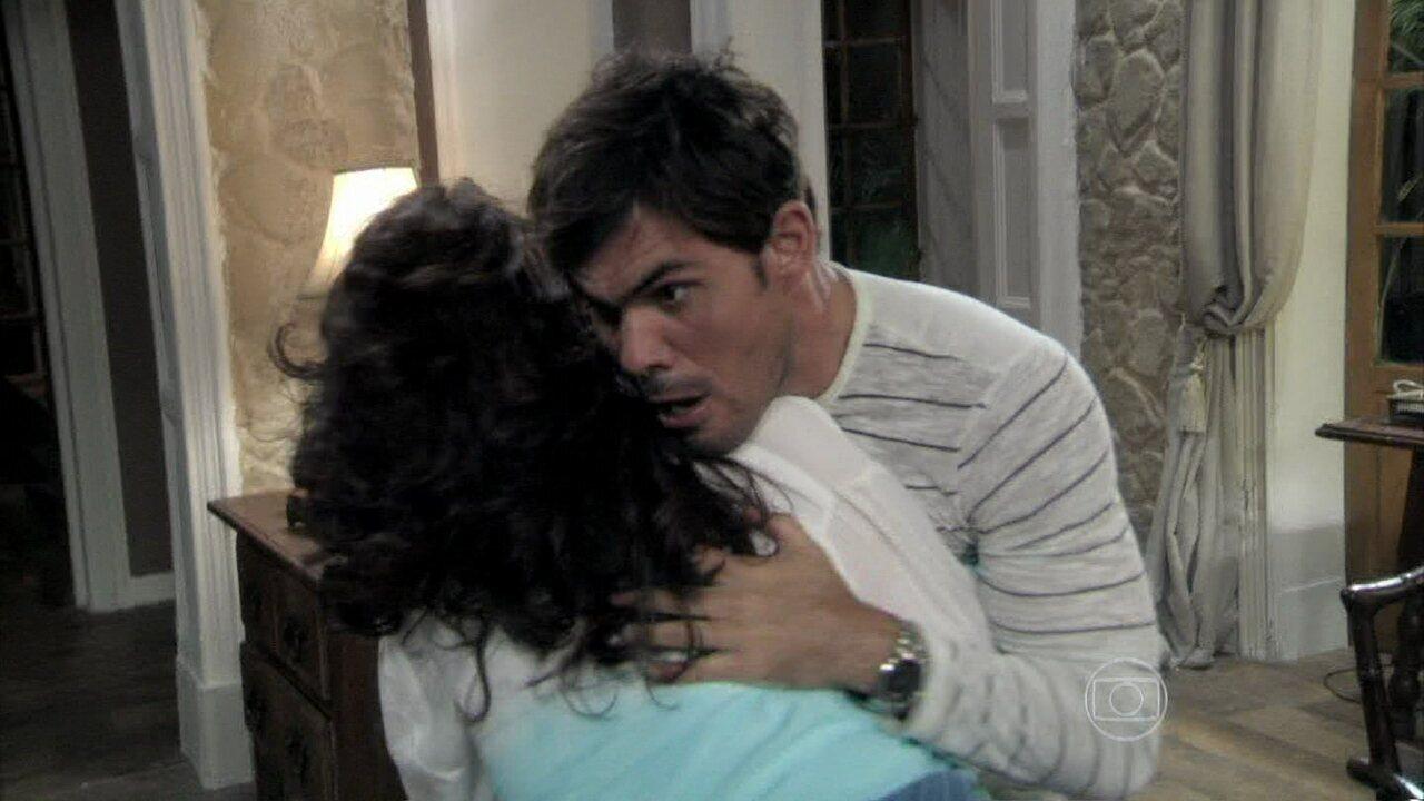 Amor à Vida - Capítulo de quinta-feira, dia 12/12/2013, na íntegra - Mariah morre após uma briga com Aline e Ninho
