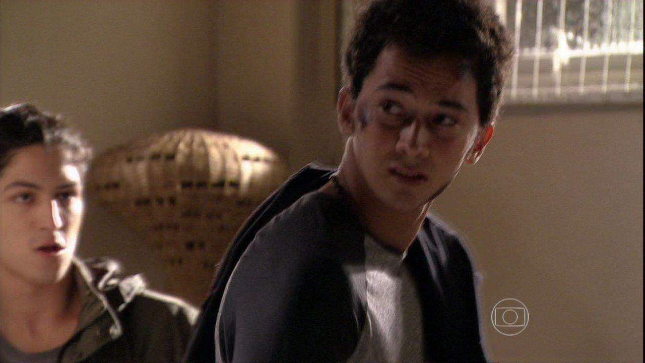Malhação - Capítulo de segunda-feira, dia 13/01/2014, na íntegra - Antônio ataca Ben