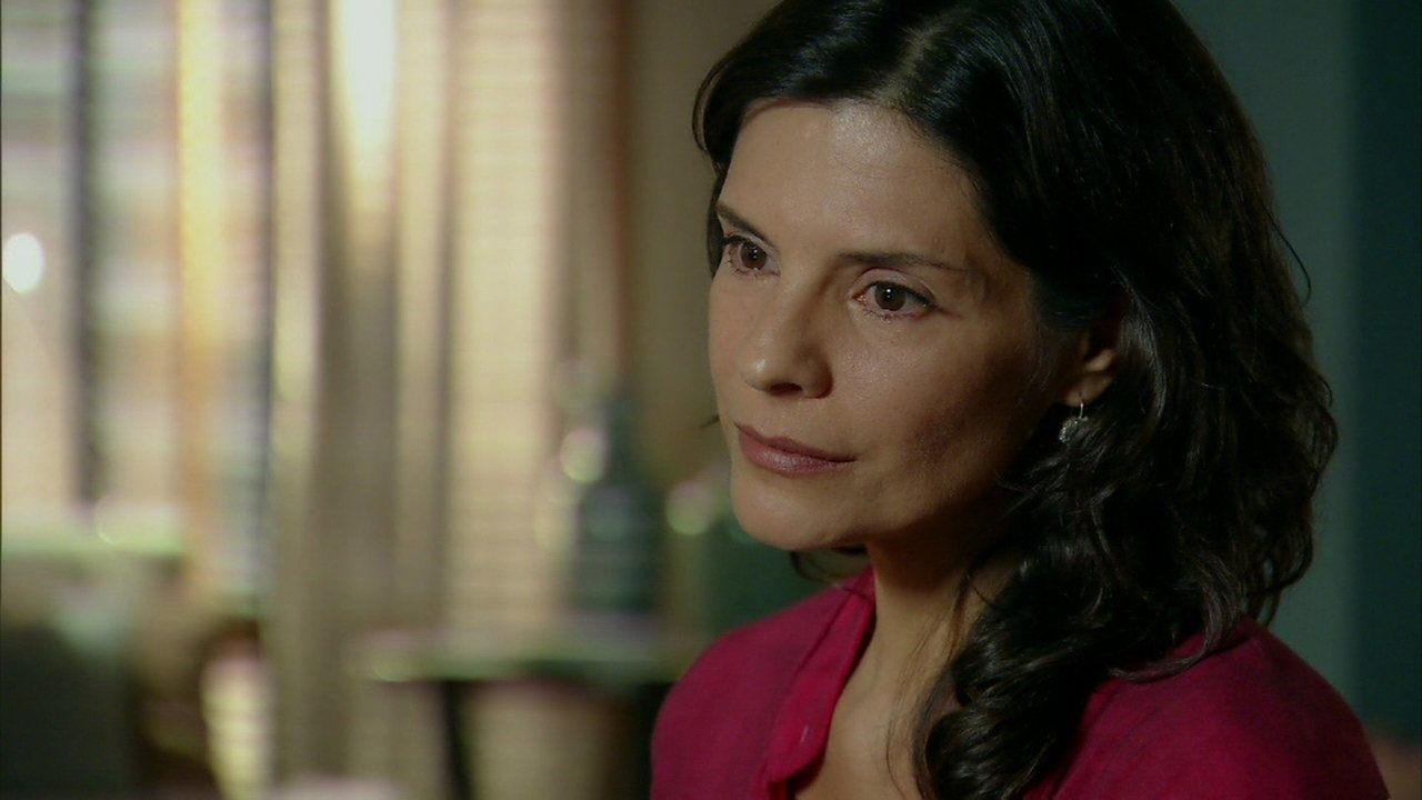 Em Família - Capítulo de segunda-feira, dia 24/02/2014, na íntegra - Verônica ameaça abandonar Laerte