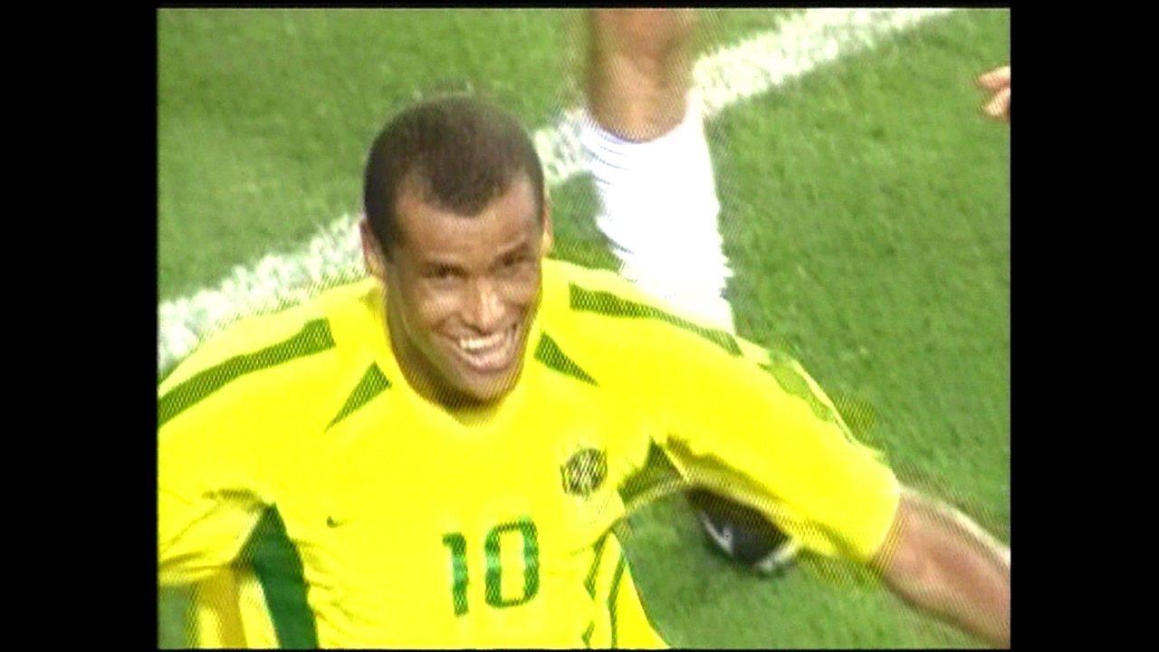 Recorde a carreira de Rivaldo em reportagem do Esporte Espetacular no dia da aposentadoria do ex-jogador