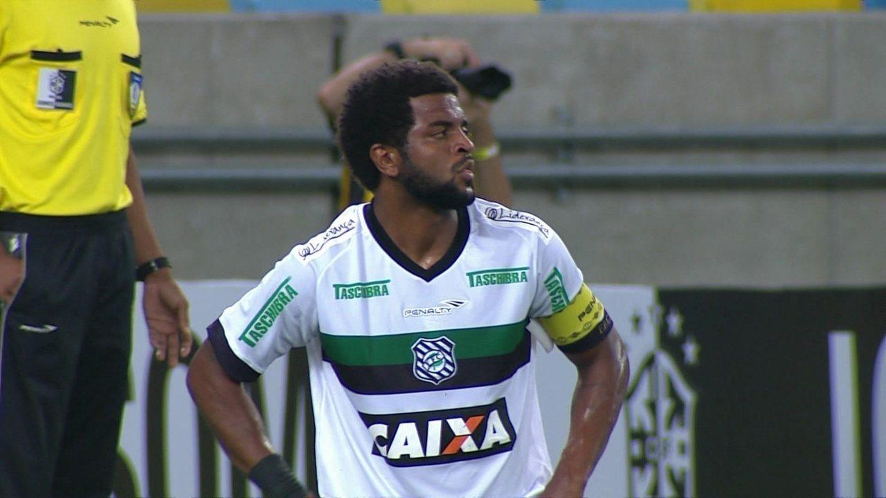 Gol do Fluminense! Após cruzamento na área, zagueiro Nirley marca contra aos 13 do 2º