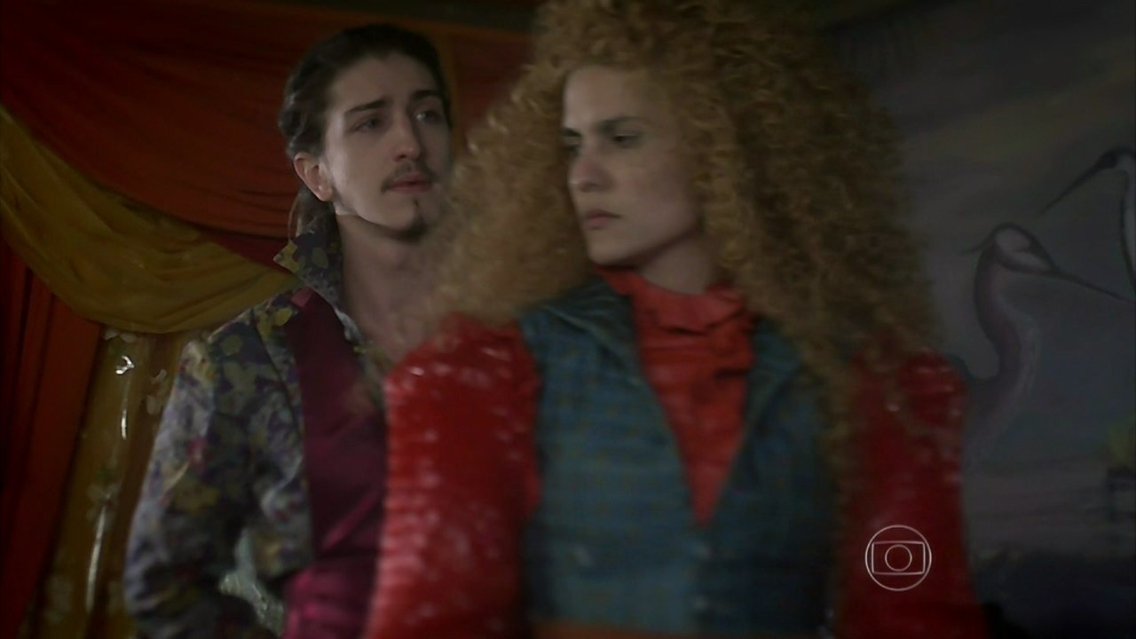 Meu Pedacinho de Chão - capítulo de segunda-feira, dia 12/05/2014, na íntegra - Ferdinando confessa a Gina que sente vontade de beijá-la