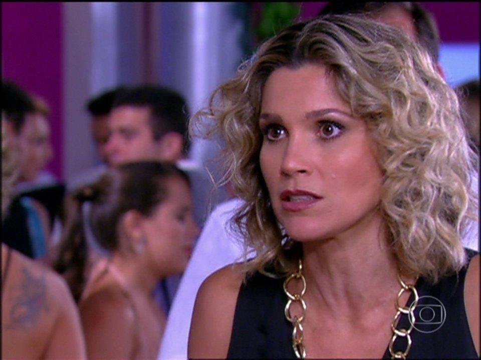 Caras & Bocas - Capítulo de quarta-feira, dia 02/07/2014, na íntegra - Dafne se preocupa com dinheiro investido na galeria