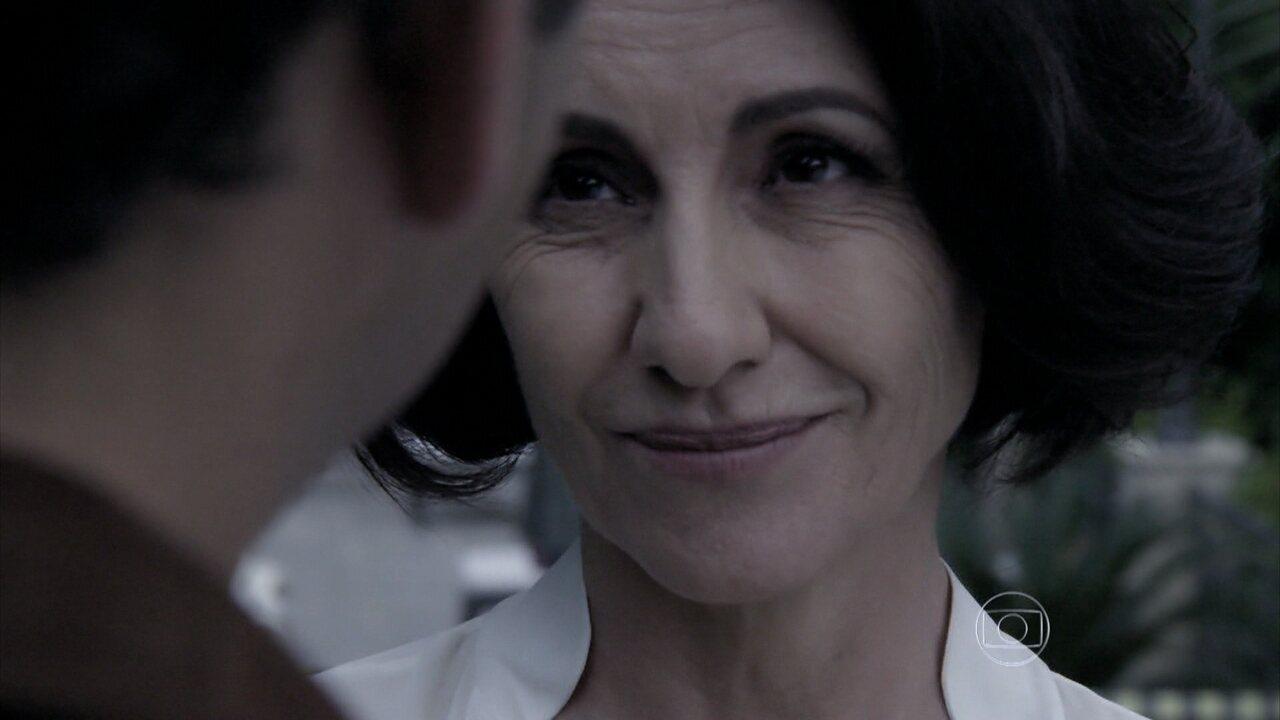 Capítulo de 04/08/2014 - Gilda acusa Alain de ter cometido o atentado contra Angela
